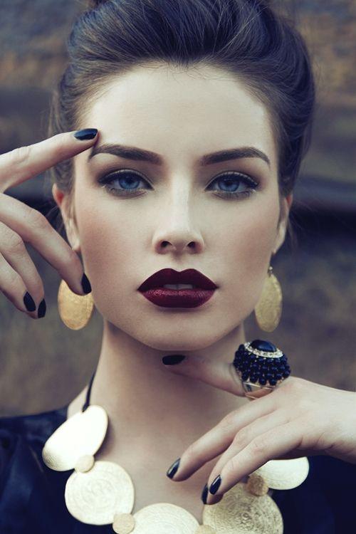 Top 5 Des Plus Beaux Rouges à Lèvres Foncés Ton Petit Look