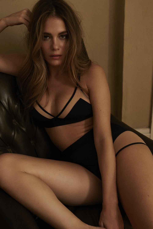 Les photos de la collection de lingerie de Maripier Morin X Blush sont enfin dévoilées