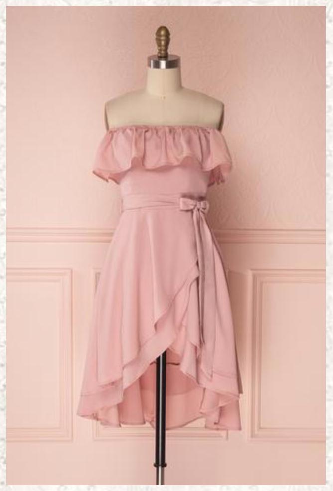 De jolies robes à moins de 100 $ pour assister aux mariages de l'été