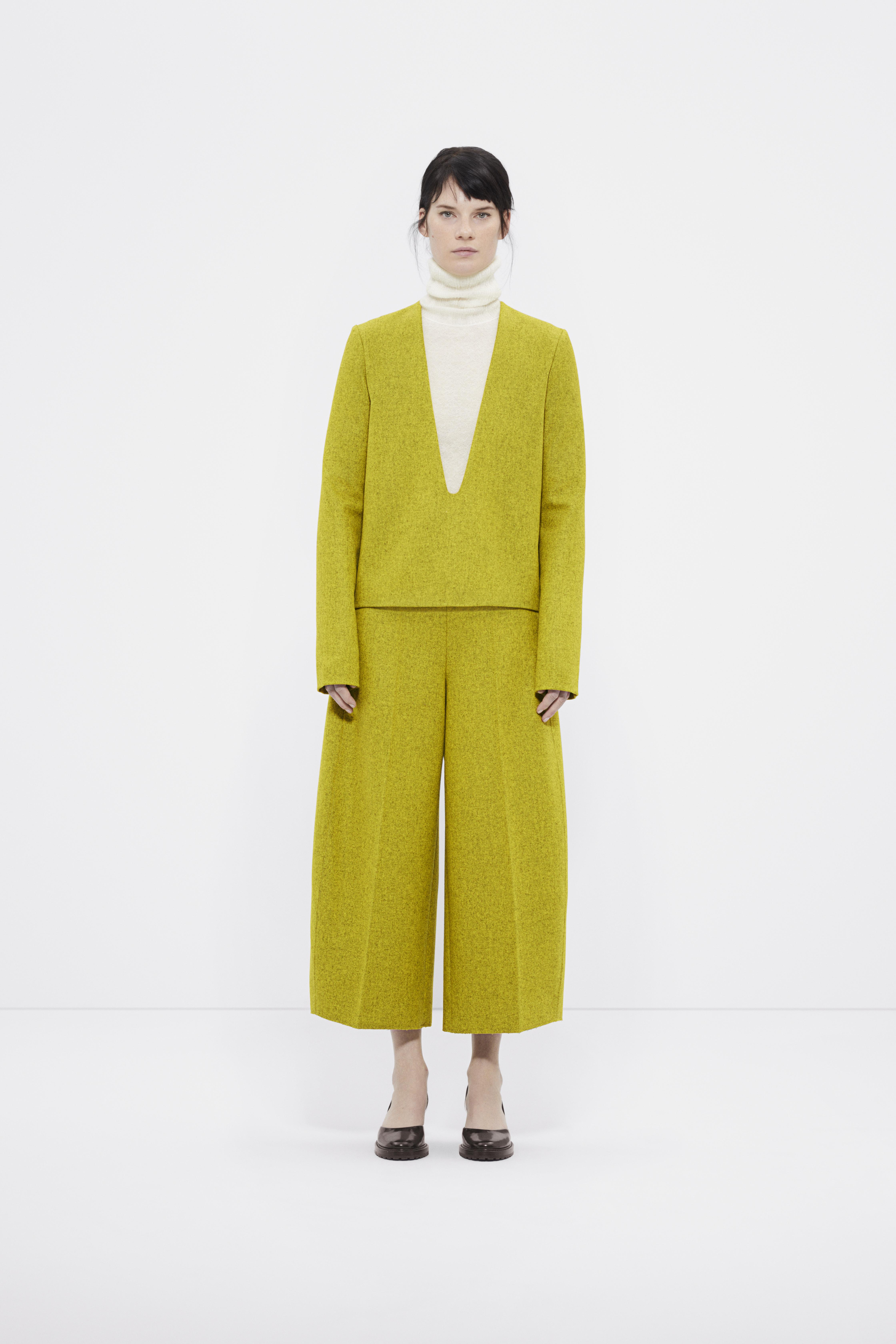 La collection automne-hiver de COS : aussi minimale qu'extravagante