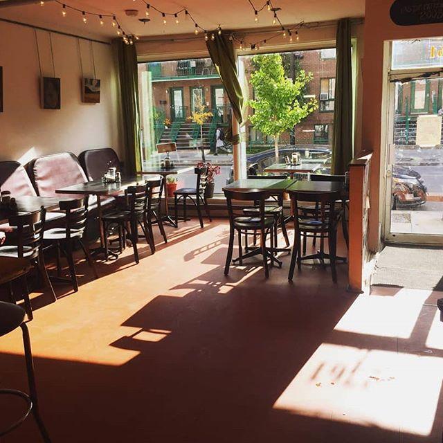 8 cafés accueillants où aller étudier cet hiver à Montréal