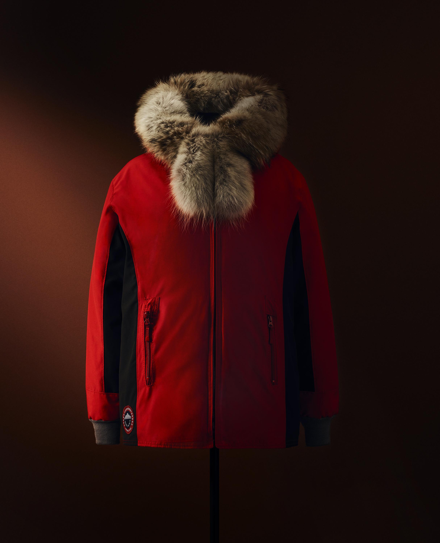 Canada Goose réalise une collection en collaboration avec 14 artisans Inuits
