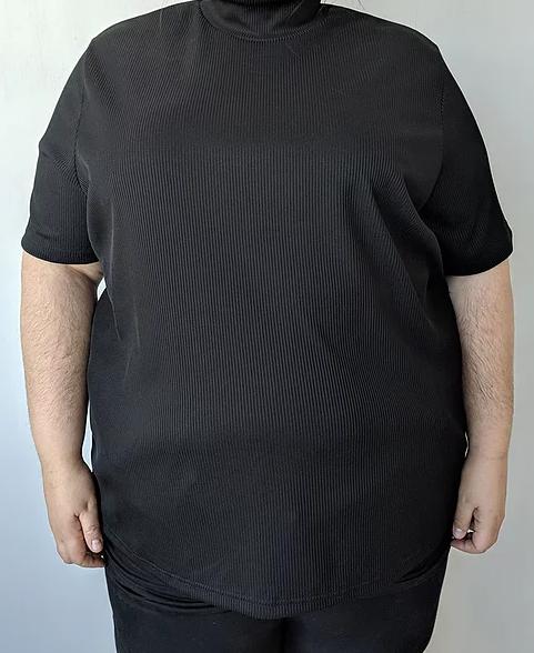 Incroyable découverte pour les fat babes du Québec : Mala MTL, une friperie taille plus extraordinaire