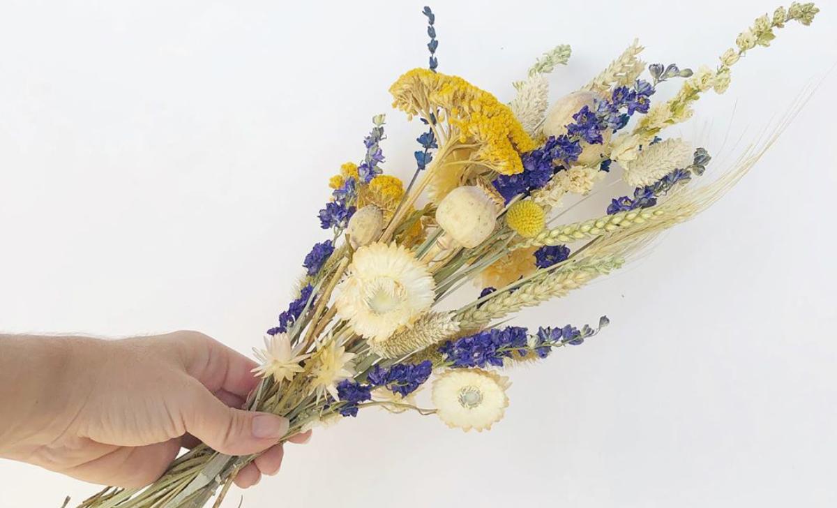 Comment intégrer les fleurs séchées à votre décor