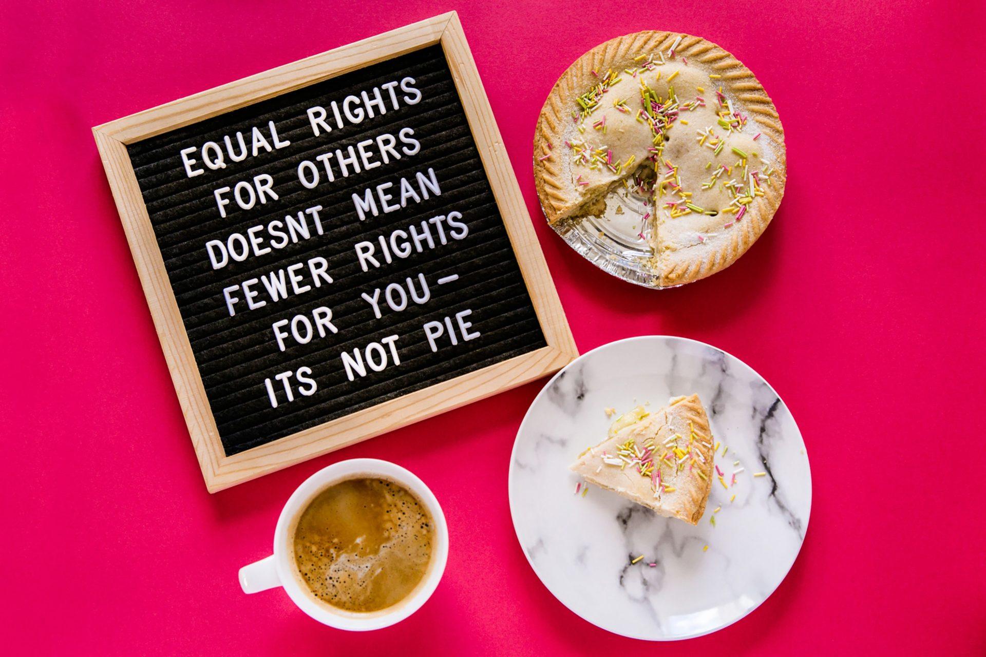 Non-binaire et féministe: oui, ça se peut!