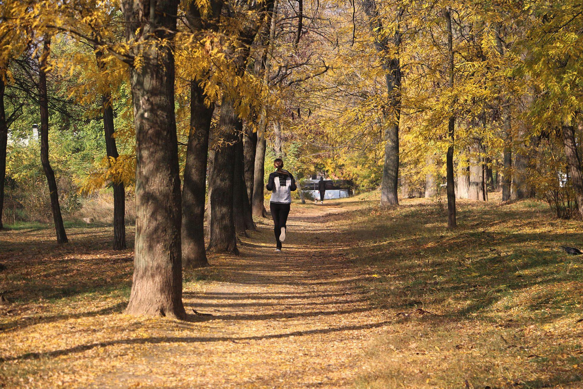 5 items pratiques à avoir pour courir en automne